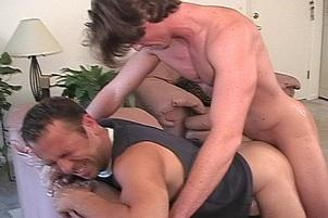 Awesomeinterracial.com- Cute 30 Something in Hot Gay Experience