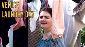 girlsoutwest-20-06-12-venice-laundry-day.jpg
