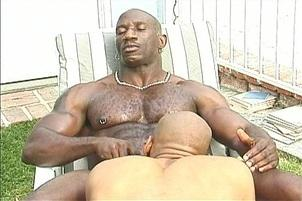 Awesomeinterracial.com- Gay Ebony Dick Sucking in the Sun