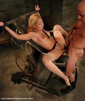 Kink.com - Isis Love and Ben English