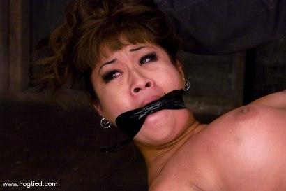 Kink.com - DragonLily is back and is doing a realtime Hogtied shoot.No breaks, no rest, no cuts.