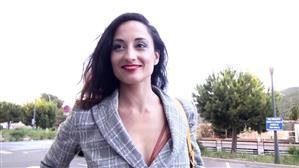 jacquieetmicheltv-20-06-01-diana-28-years-old-french.jpg