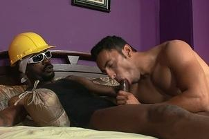 Awesomeinterracial.com- Dude Takes Hung Construction Worker Home