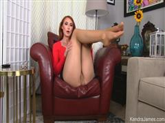 kendrajames-20-06-12-pantyhose-addiction-therapy.jpg