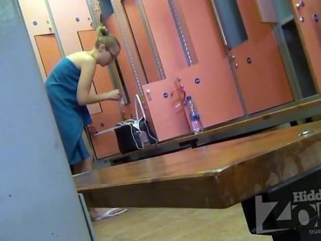 Hidden-Zone.com- Lo1414# Young girls dress up in the corner. But even there_our Locker room voyeur cam was able to