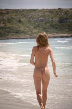 Bentbox.co- Nude at the beach