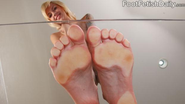 Footfetishdaily.com- Emma Mae Soles on Glass
