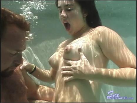 Sexunderwater.com- Hanging with Kacey