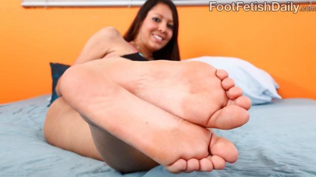 Footfetishdaily.com- Meet Nadia Noel
