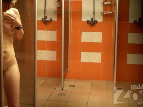 Hidden-Zone.com- Sh1235# Slender woman lathers her tanned body. Excellent