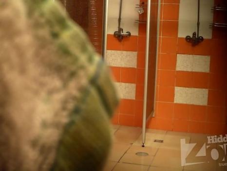 Hidden-Zone.com- Sh1238# Hidden camera in the shower of a basin. Completely naked girls and women take a shower. Ou