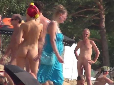 Hidden-Zone.com- Nu1380# Nude beach voyeur cam takes a shots on a nudist beach. Beautiful nude body on the backgrou
