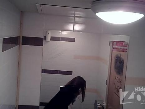 Hidden-Zone.com- Wc1918# View from three cameras. Young girl pee sitting. Nice ass and crotch with tan lines. Our c