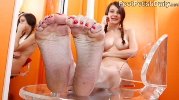 Footfetishdaily.com- Meet Rilee Marks