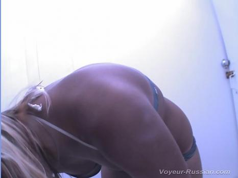Hidden-Zone.com- Pv182# Tanned blonde changes clothes swimsuit. Our cameraman filmed with a hidden camera her youn