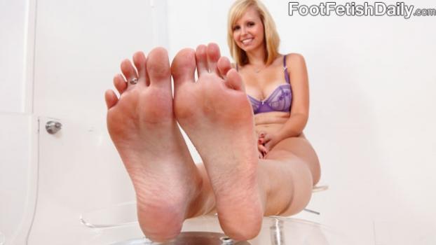 Footfetishdaily.com- Meet Hayden Winters