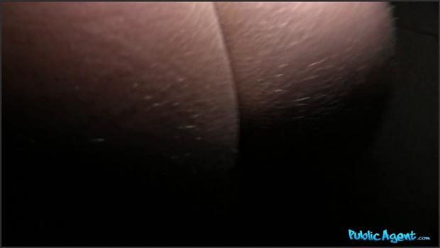 Fakehub.com- Sexy Ass Babe Bends Over for Cash
