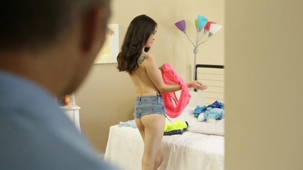 Nubiles--Porn.com- Blows For Clothes - S4:E6 - Jericha Jem