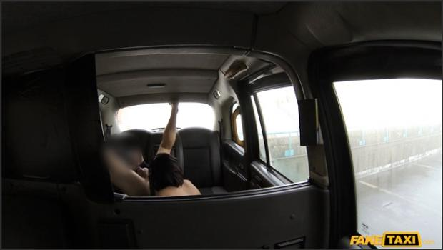 Fakehub.com- Ebony Babe Sucks Dick for Free Ride