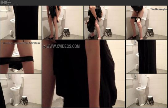 Amatori tyalet - Pussy-peeing-18