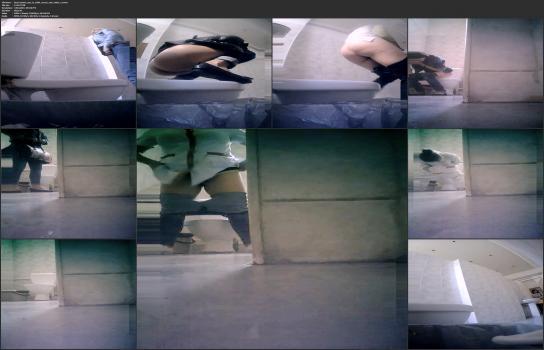 Amatori tyalet - Real_women_pee_in_toilet_secret_cam_video_11