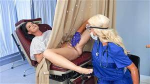 rkprime-20-06-27-india-summer-and-nicolette-shea-banged-by-the-brand-new-tool.jpg