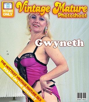 Mature.nl- Gwyneth (59)