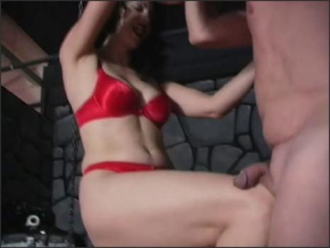 Clubdom.com- Mistress Loves Ball Busting