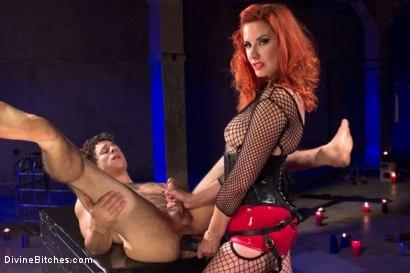 Kink.com- The Maitresse Milks Virgin Prostate and Punishes Dripping Cock!