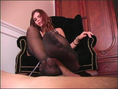 Clubdom.com- Nadia_s first foot slave