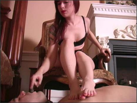 Clubdom.com- What a stocking foot whore