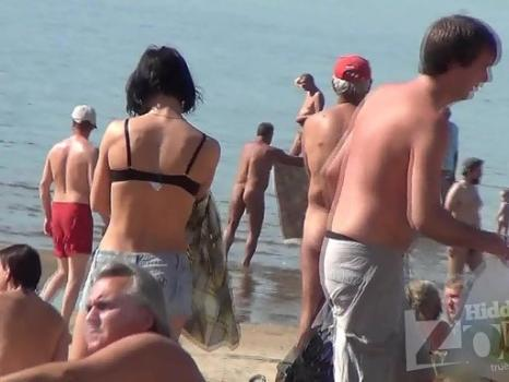 Hidden-Zone.com- Nu1730# Slim brunette undressing and going to sunbathe slowly. Excellent footage nude beach voyeur