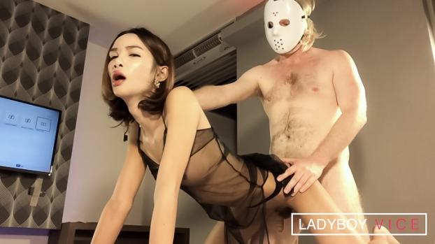 ladyboygold.com- Big Dick Maew