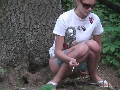 Hidden-Zone.com- Outdoor pee voyeur