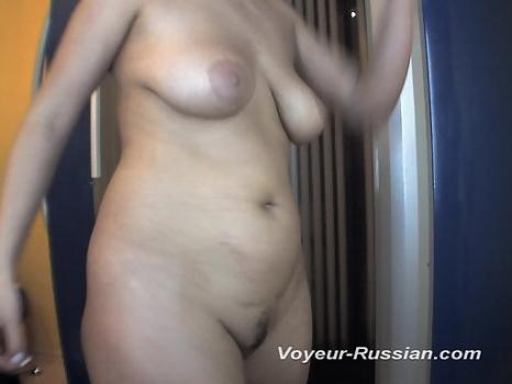 Hidden-Zone.com- Pv492# Brunette with big tits is going to sunbathe. The girl undresses in front of a mirror. Our hid