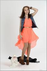 [Image: 154636310_madison_u_model_orangedress_te...tv_013.jpg]