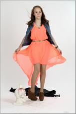 [Image: 154636313_madison_u_model_orangedress_te...tv_015.jpg]