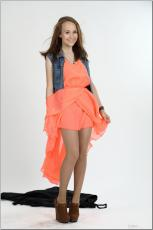[Image: 154636388_madison_u_model_orangedress_te...tv_031.jpg]