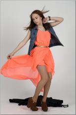 [Image: 154636403_madison_u_model_orangedress_te...tv_037.jpg]