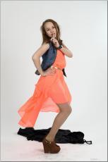 [Image: 154636599_madison_u_model_orangedress_te...tv_060.jpg]