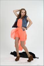 [Image: 154636637_madison_u_model_orangedress_te...tv_072.jpg]