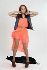 [Image: 154636651_madison_u_model_orangedress_te...tv_077.jpg]