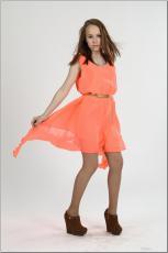 [Image: 154636722_madison_u_model_orangedress_te...tv_108.jpg]