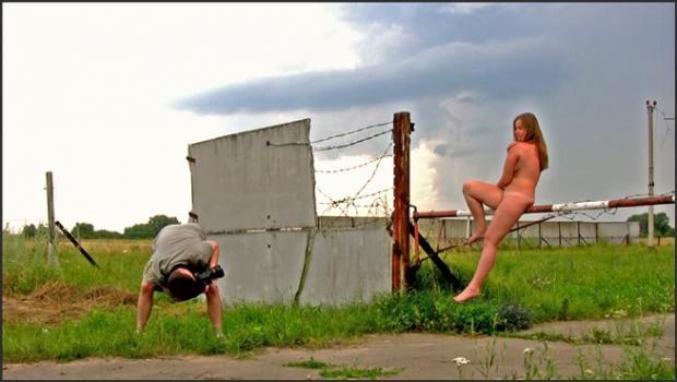 David-nudes_com- Olya Umbrella Shoot
