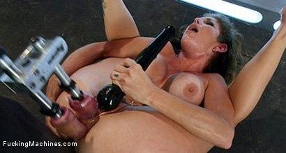 Kink.com- Her Pussy Introduces Her: Felony Back for More