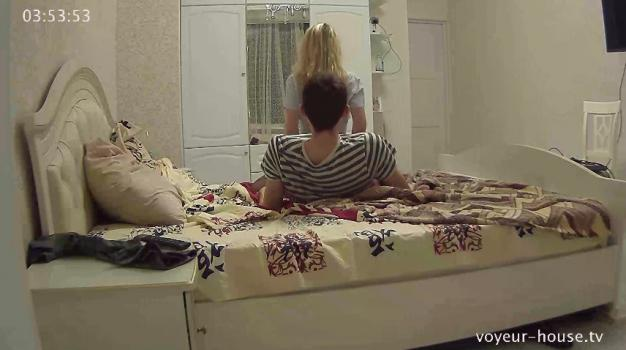 Voyeur-house.tv- Layla eric fuck