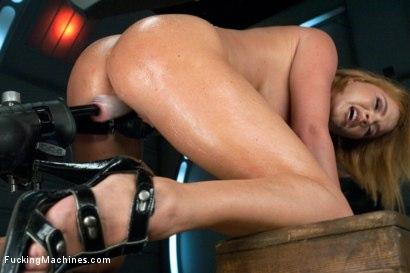 Kink.com- Round,Perfect Ass_Sexy Full tits _amp; Long Orgasms from Machine Pounding
